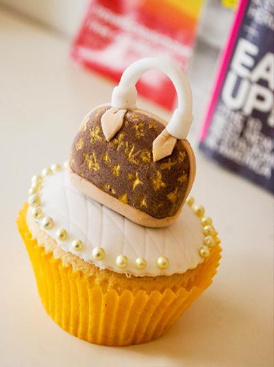 女生最爱lv手袋造型杯子蛋糕