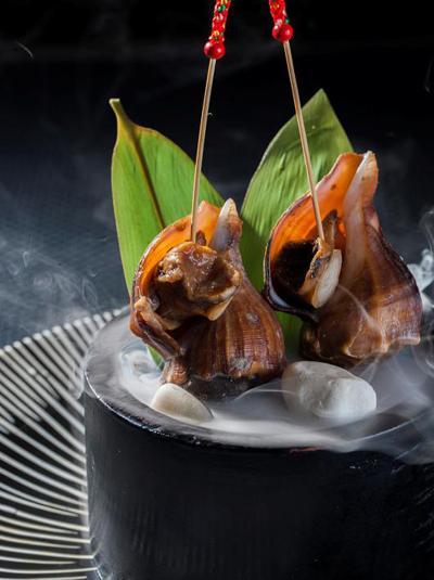 花隐日式怀石料理 — 百花尽绽和风庭院