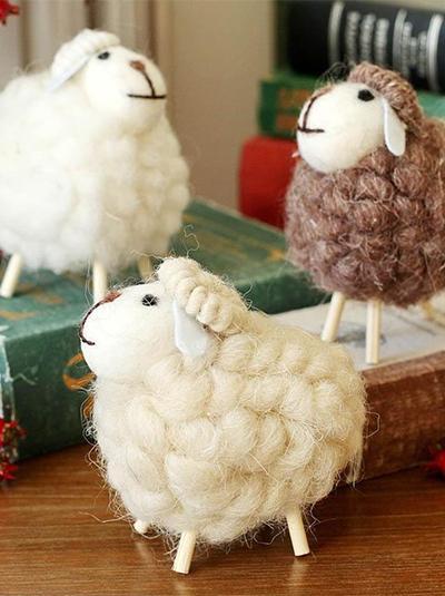 手工制作羊毛毡可爱绵羊