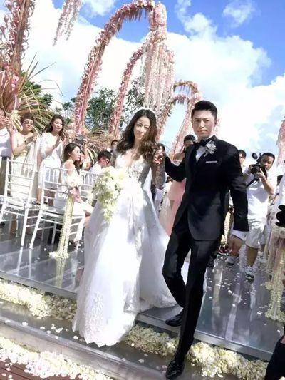 ▼ 结婚时间:2016年7月31日   结婚地点:巴厘岛的宝格丽酒店