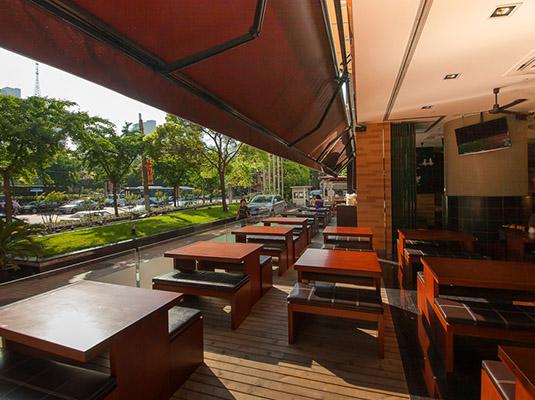 屋顶餐厅设计效果图